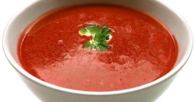 Rozgrzewająca zupa pomidorowa - przepis