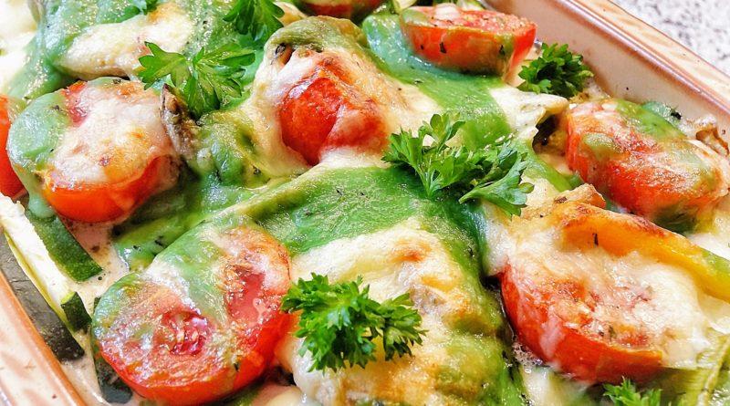 Zapiekanka z cukinią i pomidorami