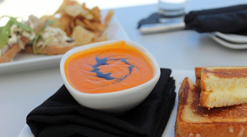 Zupa z pieczonych warzyw - przepis