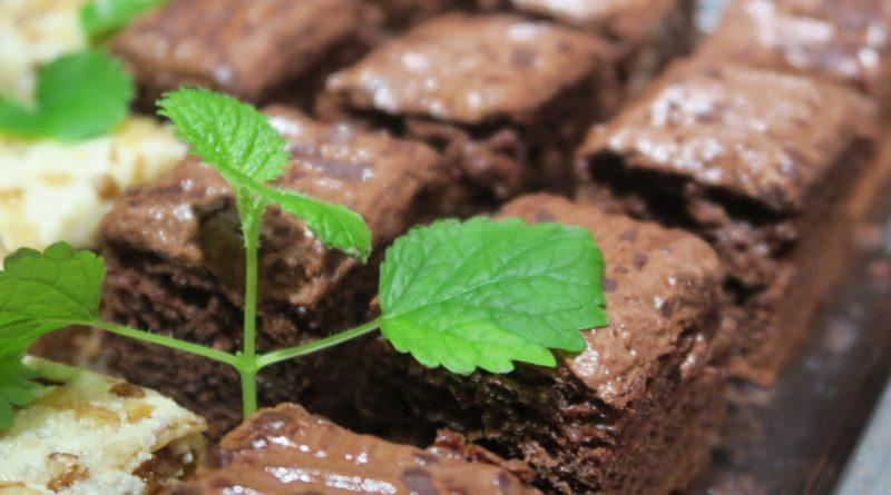 Ciasto czekoladowe z pomarańczową nutą - przepis